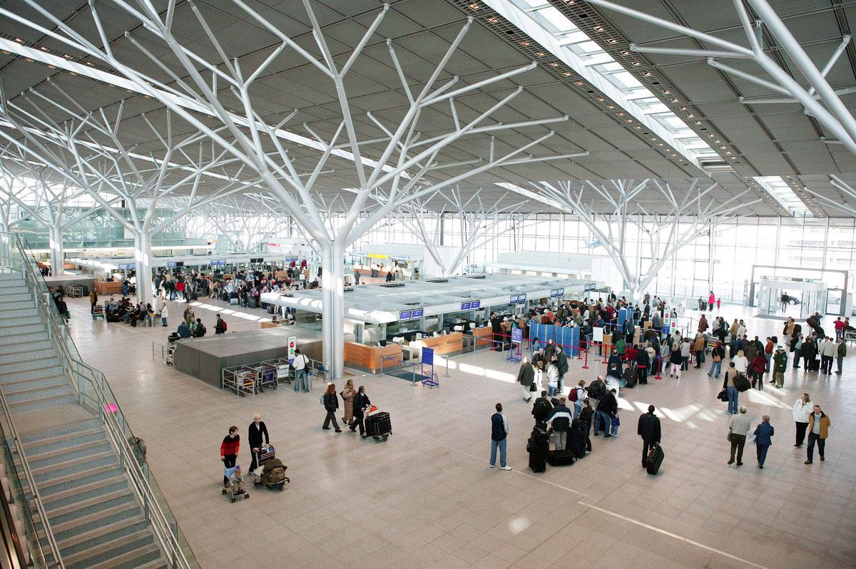 Flughafen Salzburg AdreГџe
